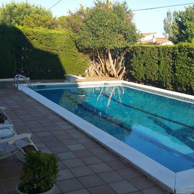 Mantenimiento casa jardin piscina calafell tarragona for Precio mantenimiento piscina