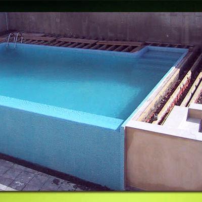 Contruir piscina de obra villanueva del ariscal sevilla for Presupuesto piscina obra