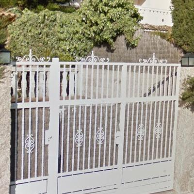 Modernizar puerta garaje en alella barcelona alella for Modernizar puertas interior