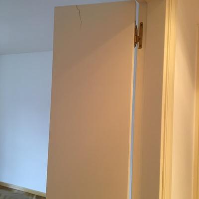 Reparacion puerta de madera madrid madrid habitissimo for Puertas de madera madrid