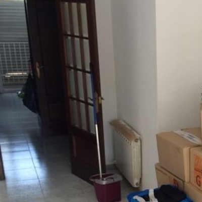 Pintar puertas interior piso sant joan desp barcelona - Puertas piso interior ...