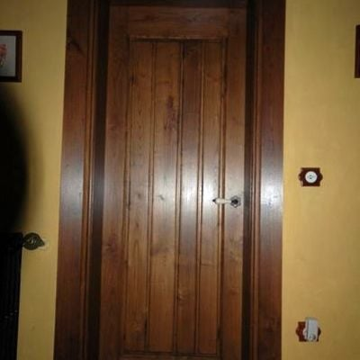 Instalar 5 puertas de madera luarca asturias habitissimo - Puertas interior asturias ...
