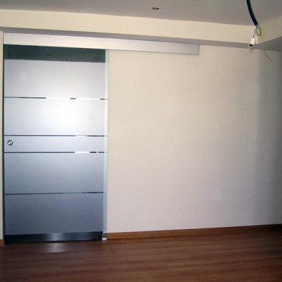 Instalar puerta corredera de cristal zaragoza zaragoza for Instalar puerta corredera