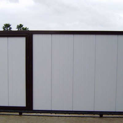 Puerta Corredera Metalica De 4x2 Con Motor Y Complementos Malagon - Puerta-corredera-metalica