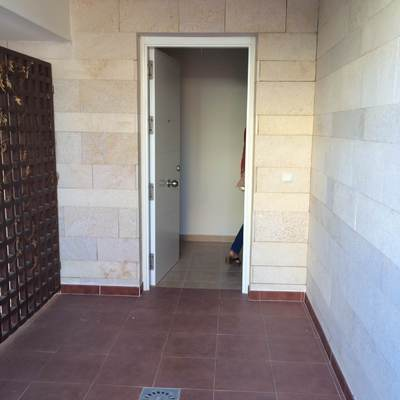 puerta exterior_648103