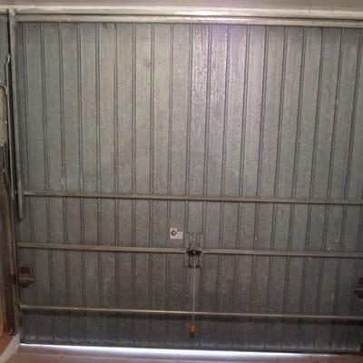 Cambiar puerta de garaje basculante manual por automatica - Puerta de garaje automatica ...
