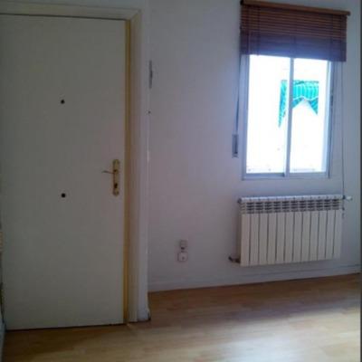Quitar gotel y pintar piso 55 metros cuadrados madrid for Precio pintar piso 90 metros