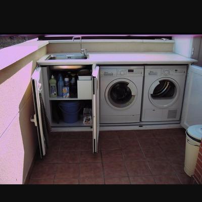 Armario exterior aluminio para lavadora secadora for Fregaderos de aluminio