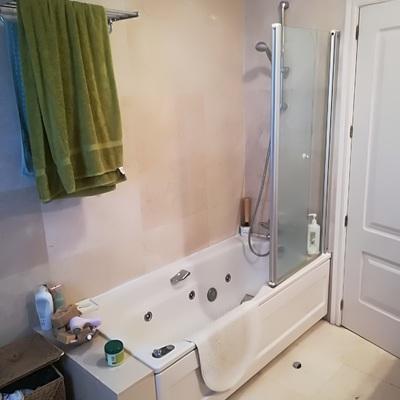 Reformar cuarto de ba o en pozuelo de alarc n pozuelo de - Sustituir banera por ducha ...