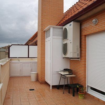 Armario pvc para instalacion lavadora en patio exterior - Armario para lavadora ...
