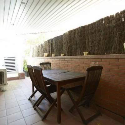 Dise ar terraza de un bajos sant cugat del vall s - Disenar jardin online ...