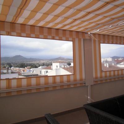 Cerrar terraza con toldos barcelona barcelona habitissimo - Toldos para aticos ...