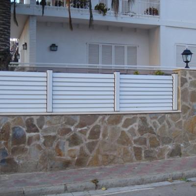 Colocar en muro de jardin valla de lamas miami platja - Vallas para muros ...