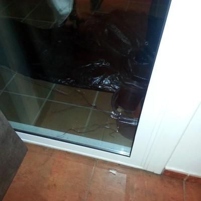 Cambiar cristal roto puerta corredera - Dosrius (Barcelona ...