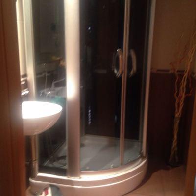 Instalar plato de ducha con mampara badalona barcelona - Reformas banos badalona ...
