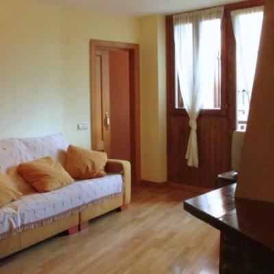 Tapizar sofa 3 plazas esterri d 39 neu lleida habitissimo - Precio de tapizar un sofa ...
