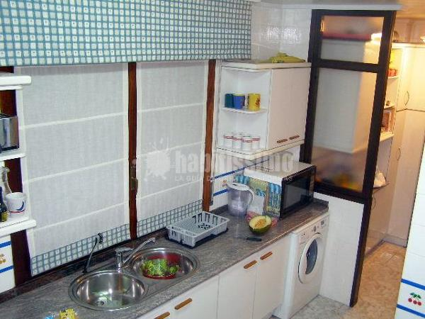 Reformar cocina getxo vizcaya habitissimo for Reformar muebles