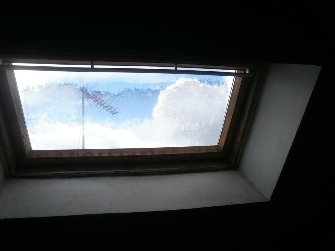 Cambiar ventana de buhardilla arganda del rey madrid - Presupuesto cambio ventanas ...