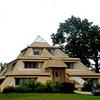 Construir casa en forma de piramide