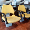 Tres sillas de peluquería