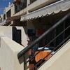 Poner valla de aluminio y plastico resistente al sol y agua para exterior según foto