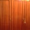 Cambiar puertas tradicionales por puertas correderas con espejo en armarios empotrados