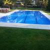 Mantenimiento  de una piscina  de comunidad