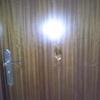 Arreglar un agujero e  la puerta de madera