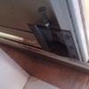 Cambiar ruedines puerta corredera armario