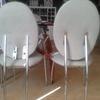 Soldar respaldo de silla metalica adjunto foto de silla rota junto a una silla q no esta rota