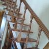 Cambiar peldaños de escalera de madera en roble mazizo o alistonado