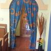 Poner puerta de madera con arco