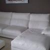 Renovar la tapicería de un sofá de polipiel ya agrietada