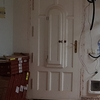 Lacado puerta de acceso a vivienda