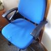 Traslado de 4 mesas y 2 sillas