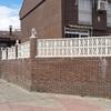 Cambiar alambrera por valla de ladrillos (similar a foto)