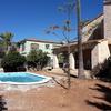 Terraza piscina con hormigon estampado