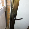 Reparación descuadre puerta metálica de galería