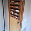 Lijar y barnizar puerta de madera