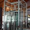 Instalación, montaje, soldadura de un cerramiento ascensor