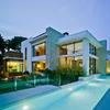 Construir casa y piscina prefabricada