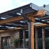 Pergola con paneles solares