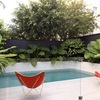 Construcción piscina pequeña en jardín