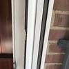 Reparación aislante de puerta pvc