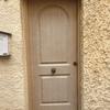 Instalar rejas de hierro para puerta de entrada