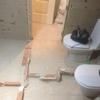 Cambio de tuberías e instalación de tuberías para dos sanitarios