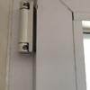 Arreglo bisagra puerta pvc