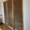 Sustitución persianas mallorquinas de madera por aluminio o pvc