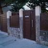 Cierre metálico de parcela y portal de entrada