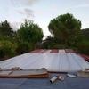 Poner teja sobre tejado de panel sandwich